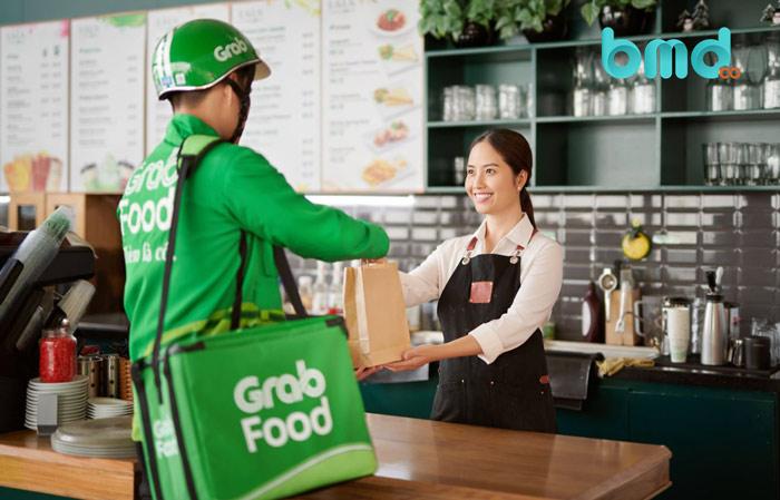 GradFood dẫn đầu trong các ứng dụng giao đồ ăn
